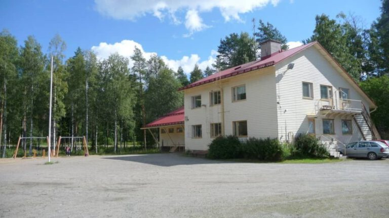 Lautakunta esittää Syvänniemelle uutta koulurakennusta Yle 23.9.2020